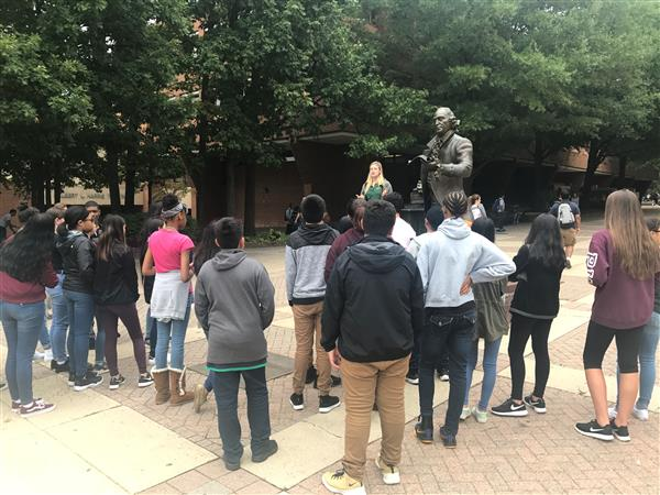 AVID Program Takes Metz Students to GMU Campus